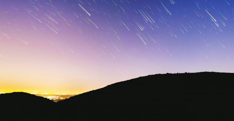 278529-nyar-csillaghullas.775x400
